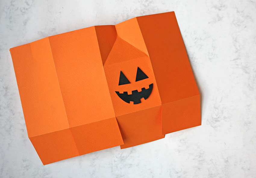 adding-details-halloween-treat-bags-paperchase