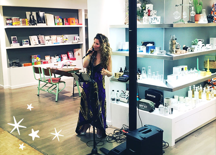 live-singer-paperchase-christmas-event-stars