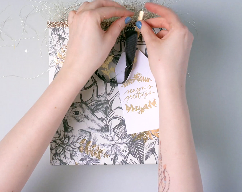 how-to-personalise-a-gift-bag-step-5