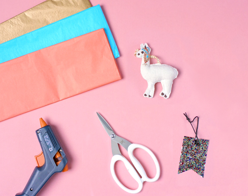 how-to-wrap-a-bottle-pinata-style-materials