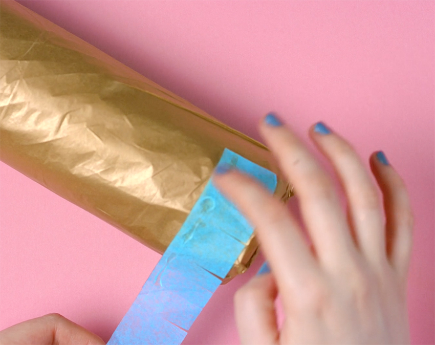 how-to-wrap-a-bottle-pinata-style-step-5